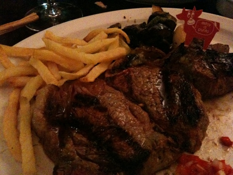 Steak im La Cabaña las Lilas, Buenos Aires