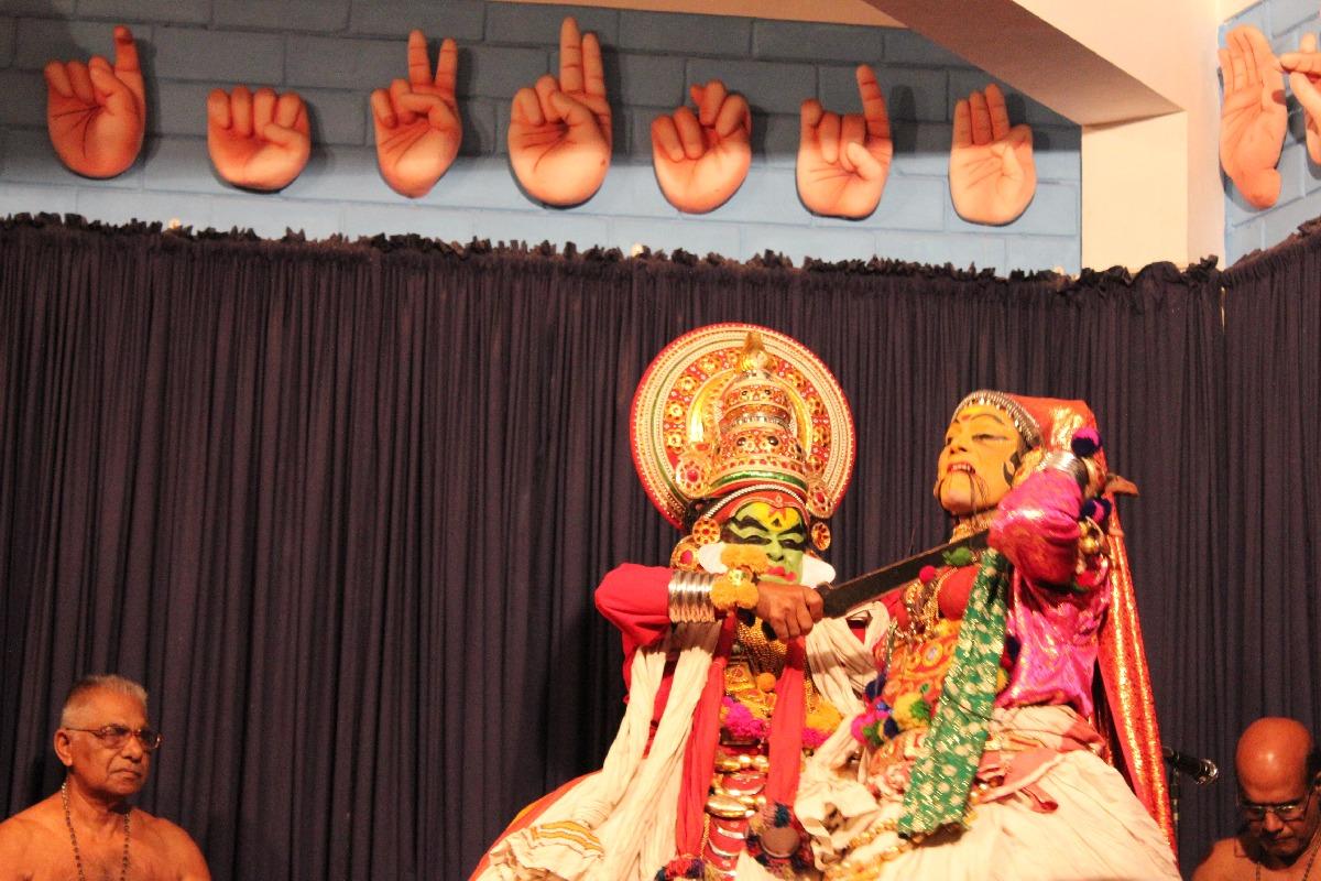 Kathakali Show in Kochi